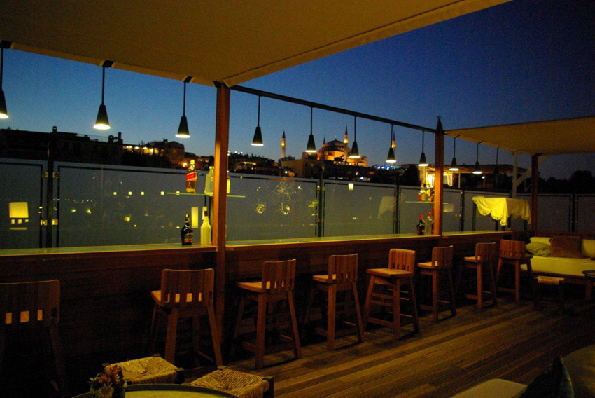 Armada terrace armada stanbul old city hotel for The terrace bar